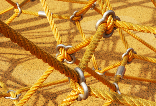photo: playground ropes, net (iStockphoto)